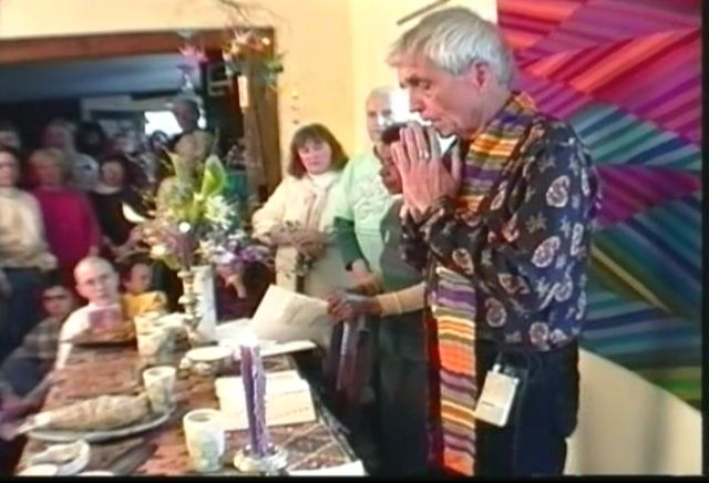 Father Daniel Berrigan Leads Prayer at Kehler/Corner House