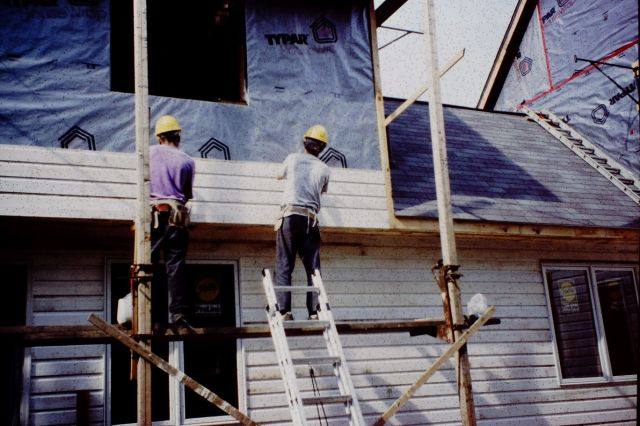 Installing Siding over HouseWrap - No Sheathing for Material-Efficiency, Cost Savings and Breatheability